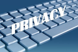 在TikTok上加强青少年的隐私和安全